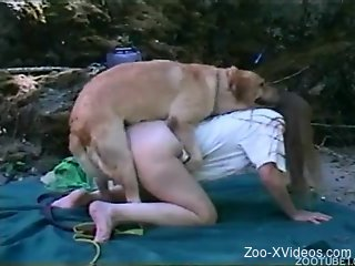Hot farm girl fucks on the beach with her doggy